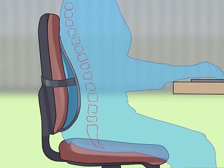 استفاده از بالشتک برای نشستن روی صندلی